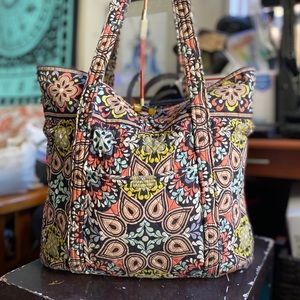 Large Vera Bradley Quilted Hobo!